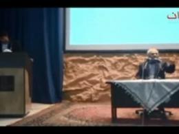 دکتر عباسی-چرا از رهبری انتقاد نمیکنید؟