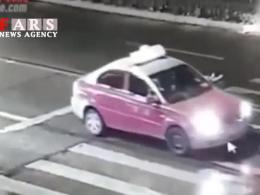 خودکشی دختر چینی وسط خیابان و بیتفاوتی مردم!(18+)