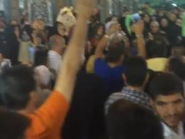 فیلم تکان دهنده شفا گرفتن پسر بچه چهار ساله نابینا در شب میلاد امام رضا (علیه السلام)