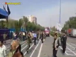 تصاویر اولیه حمله تروريستی به مراسم رژه نیروهای مسلح در اهواز