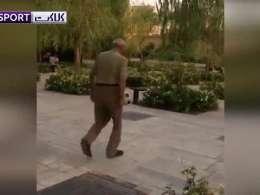 روپایی زدن پیرمرد ایرانی در صدر شبکههای اجتماعی!