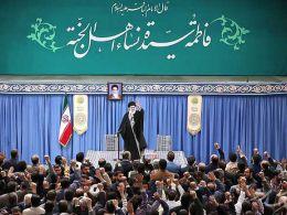 رهبر انقلاب: بنده مشاهده میکنم که پیروزی متعلق به ملت ایران است