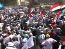 بمان و مقاومت کن شعار مصری ها در پاسخ به تهدیدات ارتش