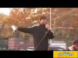 تجمع دانشجویان در مقابل سفارت انگلیس (آرش حجازی، قاتل ندا آقاسلطان را تحویل دهید...)