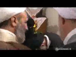 حضور رهبر انقلاب در منزل شهید حقانی