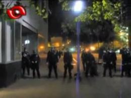 تیر اندازی مستقیم به فیلم بردار در تظاهرات وال استریت