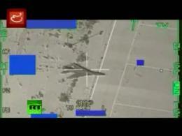 تصاويري از حمله جنگنده هاي بلژيکي به مواضع نيروهاي قذافي