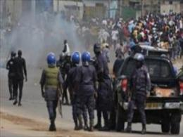 تصاویر تکان دهنده از خشونت و درگیری بین طرفداران 'واتارا' و 'گباگبو' در ساحل عاج