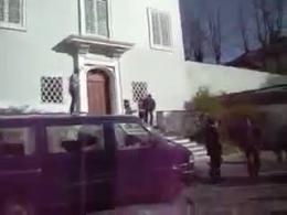 حمله منافقین به سفارت ایران در انگلستان