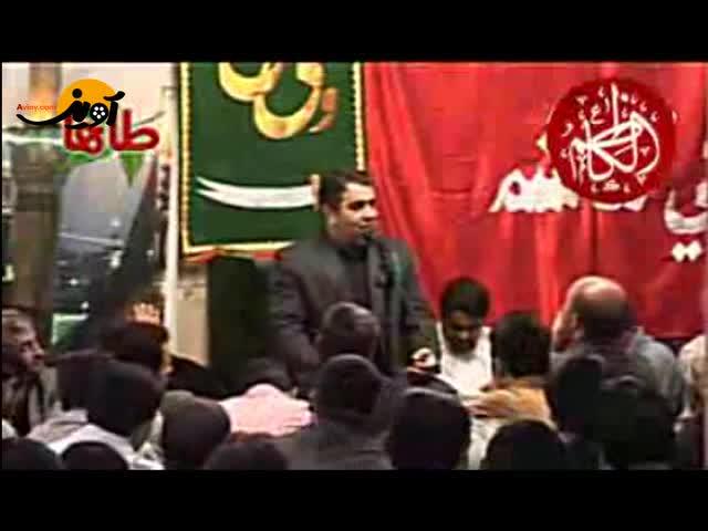 شهادت امام موسی کاظم - خلج - زیر سنگینی زنجیر سرش افتاده