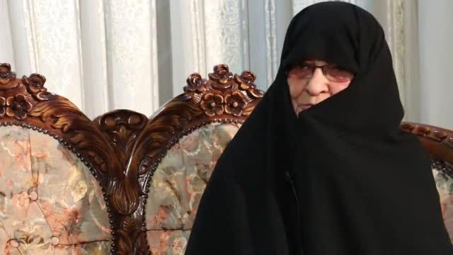 پیام خانواده شهدا به حاج صادق آهنگران : این پرچم را حفظ کنید تا ظهور امام زمان(عج)
