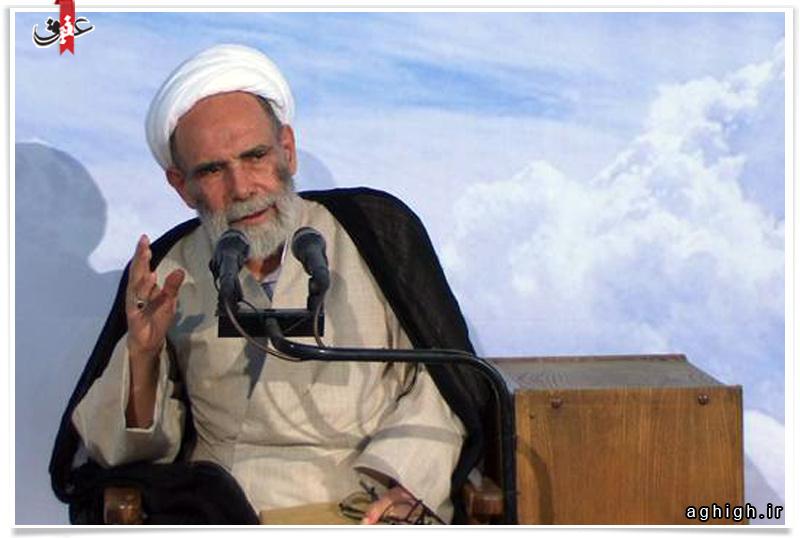 کلیپ | وداع زیبای حاج اقا مجتبی تهرانی رحمت الله علیه با ماه مبارک رمضان