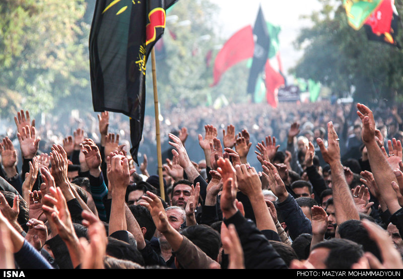 حسینیها بپا خیزید و حسین را از محاصره مجالس عزا در بیاورید!