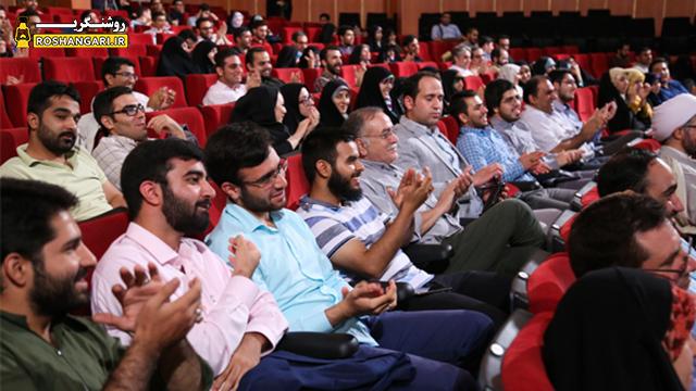 لحظه اعلام خبر دستگیری حسین فریدون در جشن فارس پلاس
