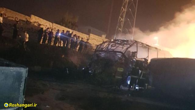 اولین تصاویر از حادثه برخورد تانکر نفت کش با اتوبوس در سنندج   +18