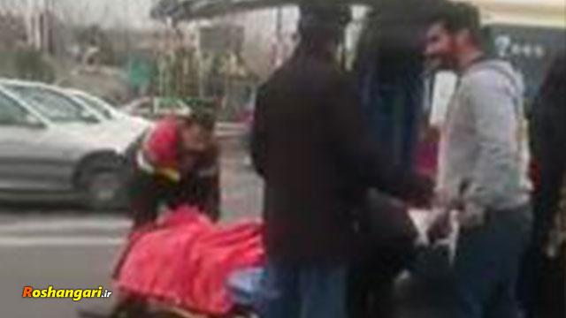 یک اتفاق عجیب در تهران  بیماری که از آمبولانس پرت شد!