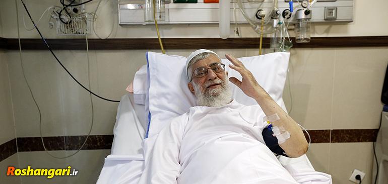 یک دکتر متخصص: آقای خامنه ای 22 ماه دیگر زنده هستند