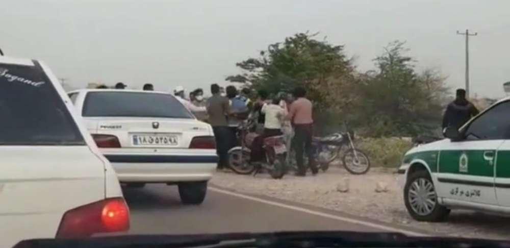 صحنهای اسفناک از کتک خوردن ماموران نیروی انتظامی در دهلران!
