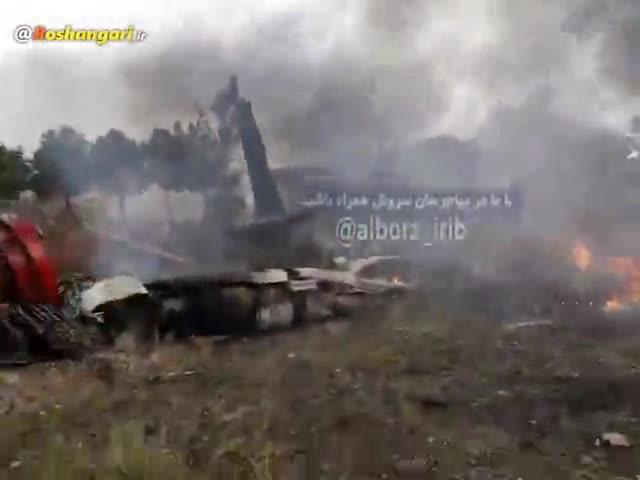 نخستین تصاویر از محل سقوط هواپیما قرقیزستان در کرج
