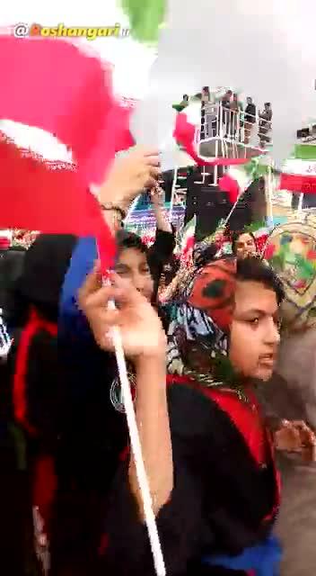 رقص دختران این بار جلوی روحانی در بوشهر!