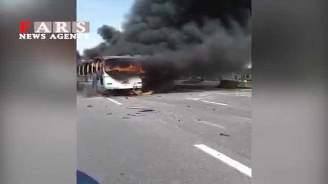 فیلم | آتش گرفتن چند خودرو در اتوبان تهران-ساوه