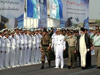 بازدید رهبر انقلاب اسلامی از پایگاه نیروی دریایی