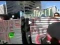 حمله پلیس به معترضان در اوکلند